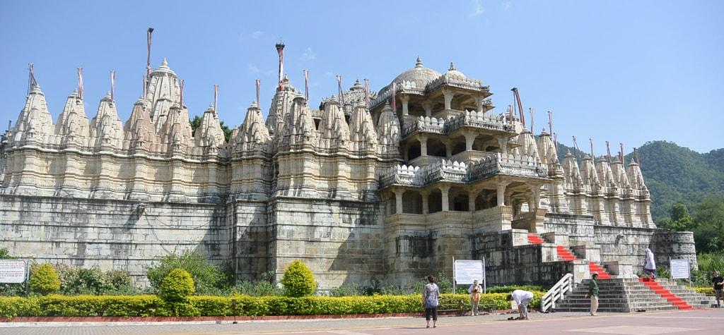 Ranakpur temple picture